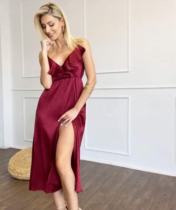 Φόρεμα μπορντό με βολάν και σκίσιμο 1002126034