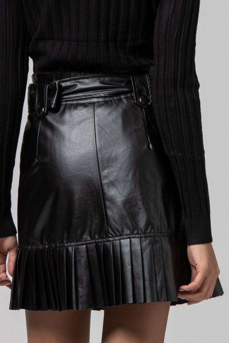 Φούστα δερμάτινη μίνι μαύρη 1702412-1