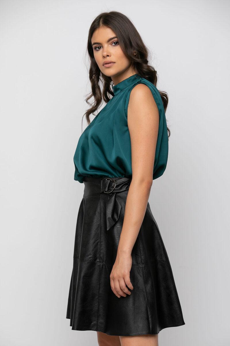 Φούστα δερματίνη με δέσιμο εμπρός μαύρη 21041080