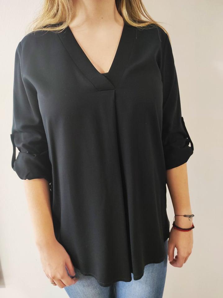Μπλούζα μονόχρωμη V με κουφόπιετες & κουμπιά στο πλάι μαύρη 21404-1